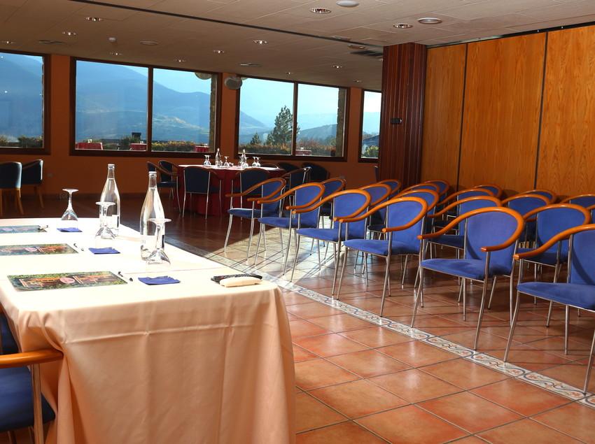 Sala d'actes. (Hotel Muntanya&Spa Prullans)