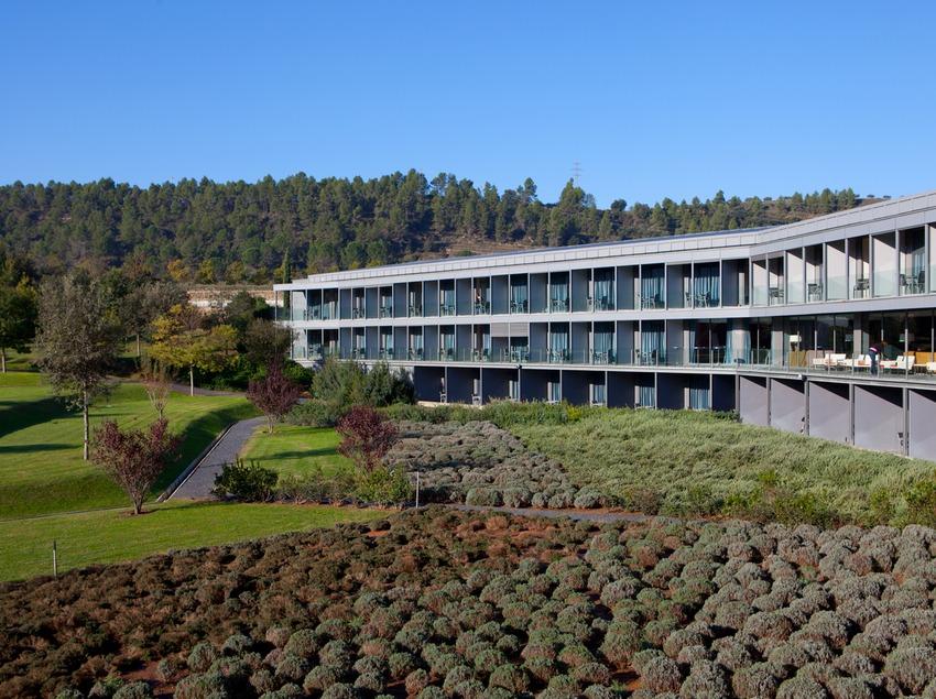 Fachada del Hotel O. (Fundació Catalunya-La Pedrera)