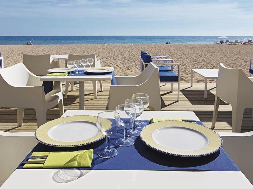 Terrassa del restaurant de l'Hotel Tahití Playa.