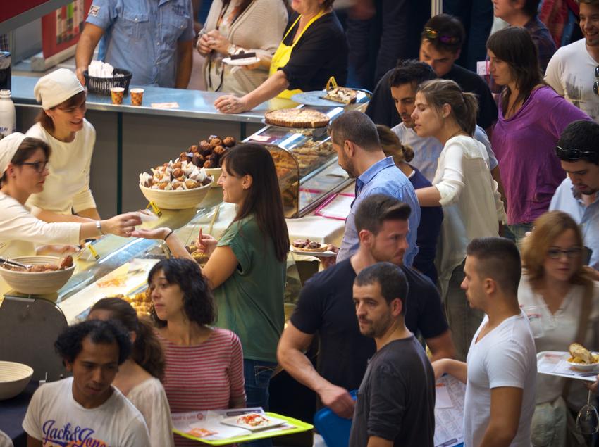 "Feria gastronómica ""Firatast"" en Girona.  (Jordi Gamell)"