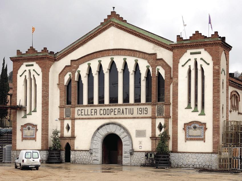 Cooperative winery of Falset  (Tina Bagué)