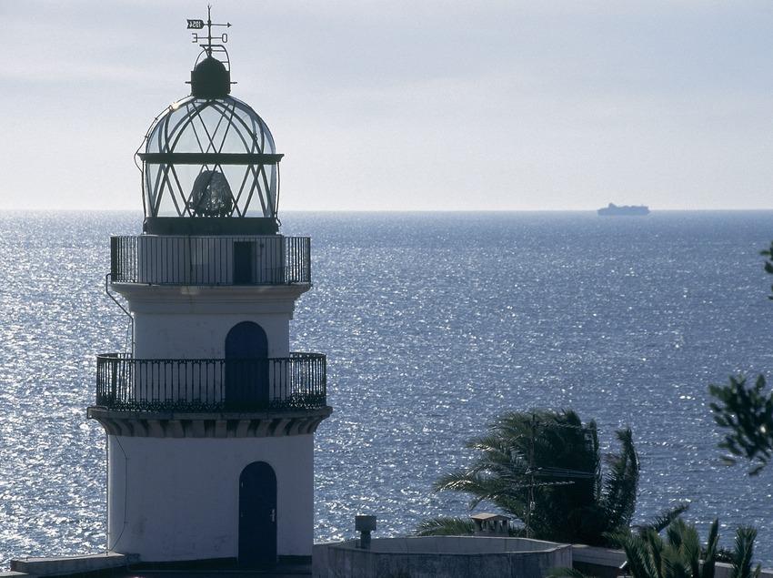 Faro de Calella.  (Servicios Editorials Georama)