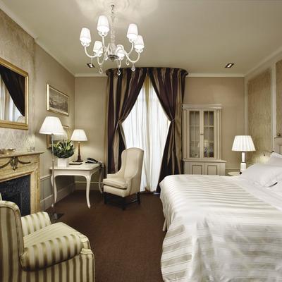 Suite de l'hotel El Palace, a Barcelona.