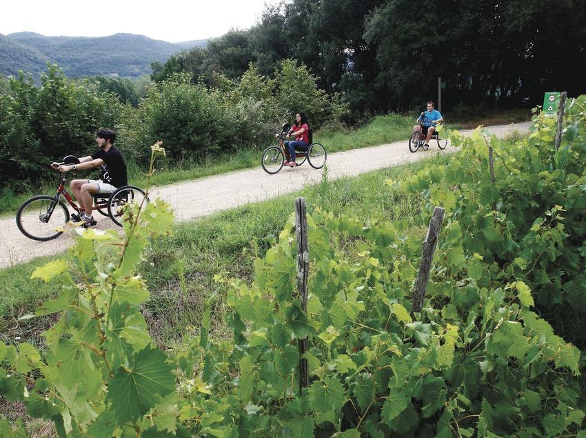 Via Verde en bicicletas adaptadas.