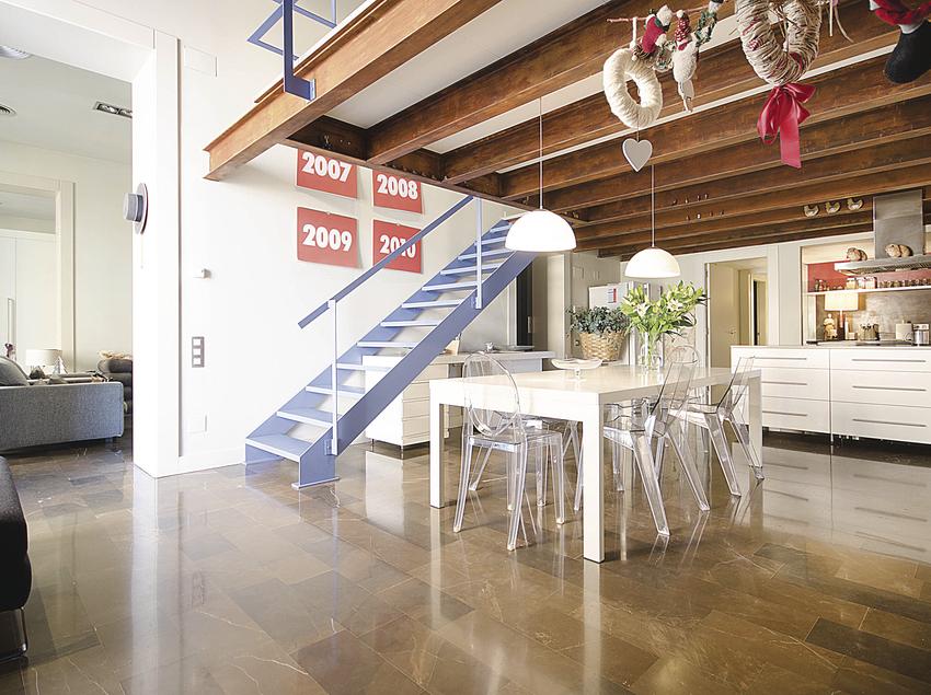 Interior de una casa de lujo para comprar o alquilar.