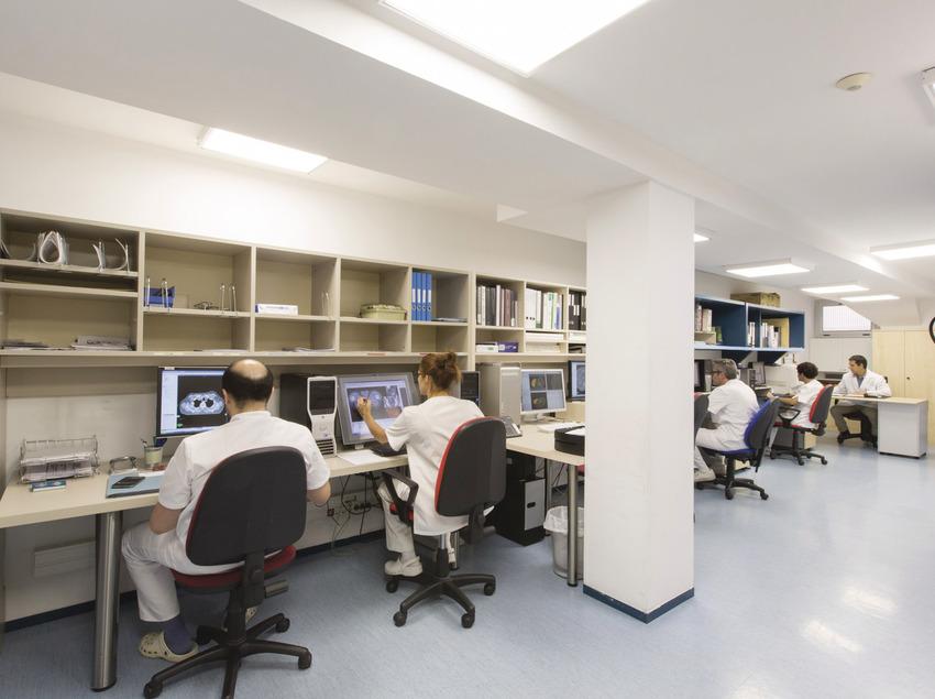 Metges del Institut Mèdic d'Onco-Radioteràpia (IMOR).