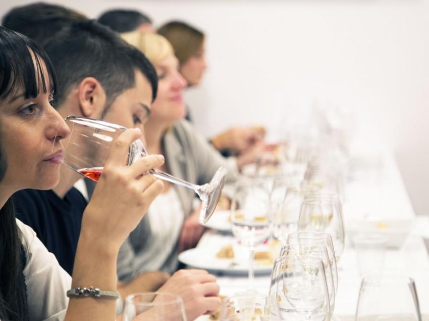 Cata de vins a Tastavins