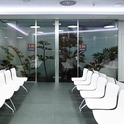 Sala d'espera del Institut Comtal d'Oftalmologia