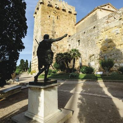 Torre de l'arquebisbe, muralla a Tarragona