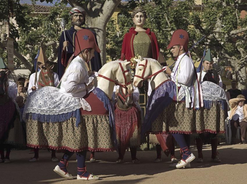 Baile de los caballitos durante la Fiesta Mayor.  (Oriol Llauradó)