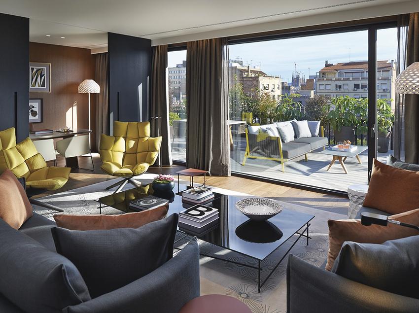 Habitación y terraza suite del Mandarin Oriental de Barcelona