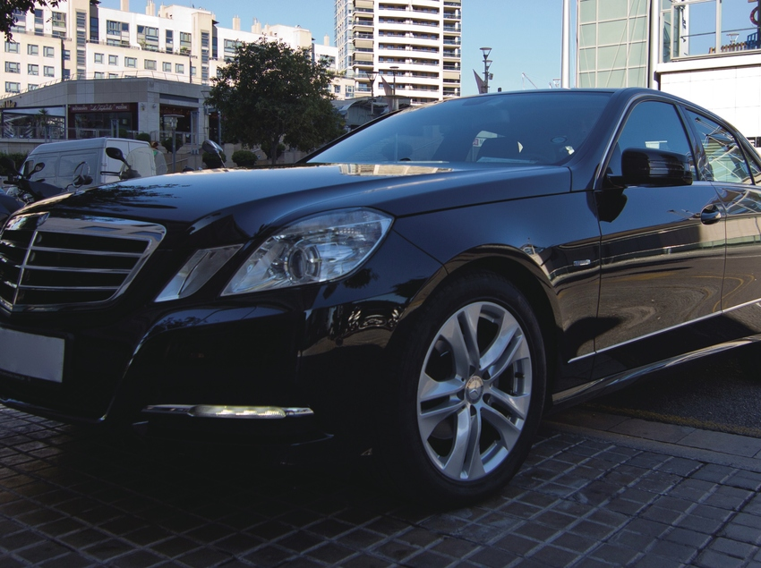 Cotxe de luxe de Avant Grup