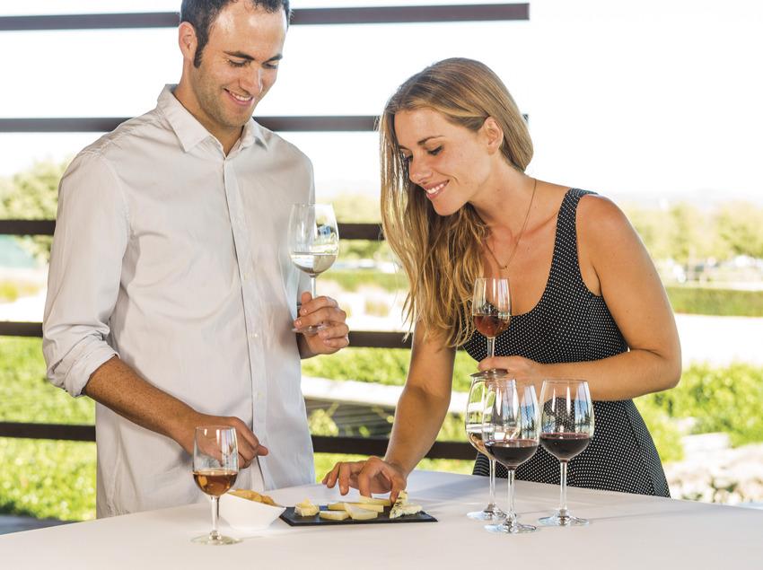 Maridatge de vins i formatges