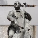 Statue de Pau Casals  (Nano Cañas)