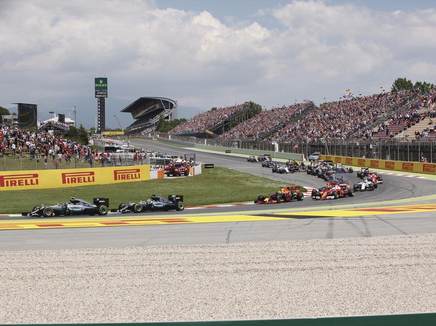 Carrera de Formula 1 en el circuito Barcelona-Catalunya