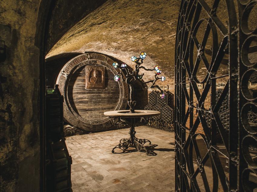 Interior de la bodega Codorniu