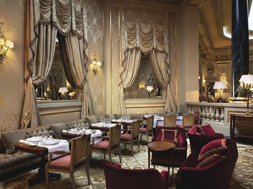 Nineteen Restaurant - Hotel Palace