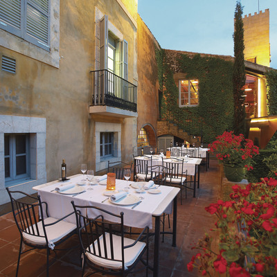 Terraza del Hotel Mas La Boella