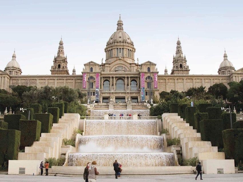 Fachada principal del Museu Nacional d'Art de Catalunya