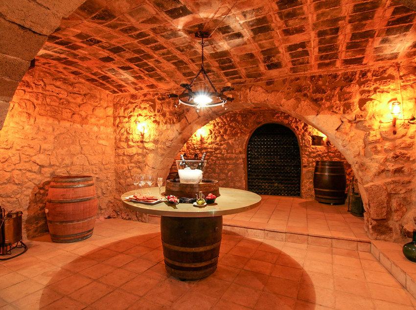 Sala de cates de les Caves Llopart