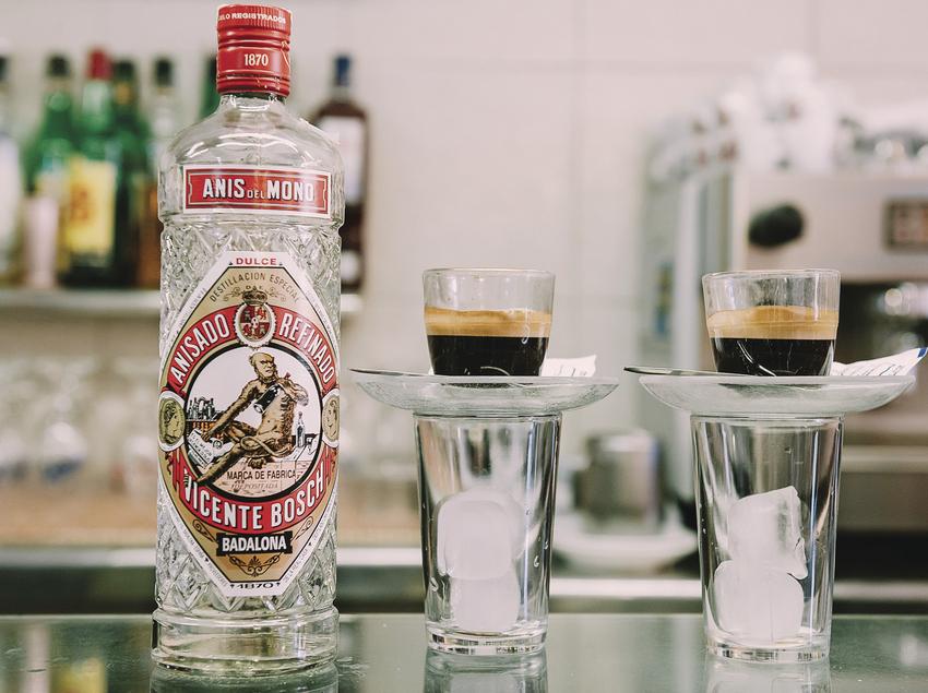 Ampolla d'anís de Badalona.