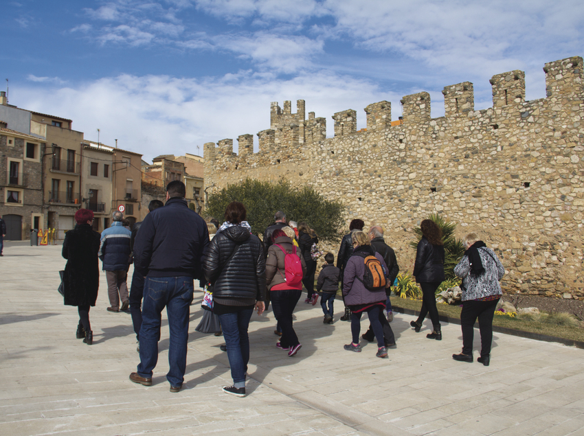 Passeig per la vila medieval.