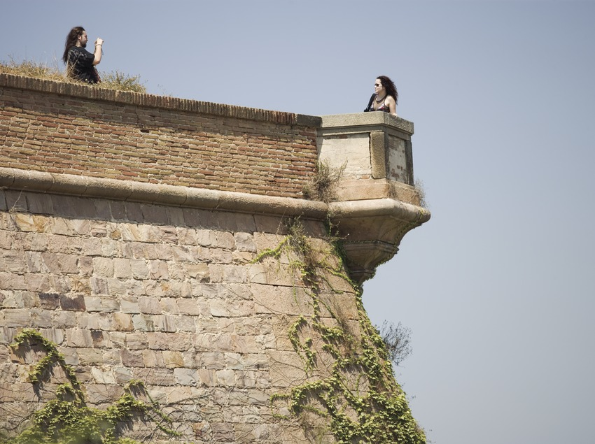 Detalle de la fachada del castillo de Montjuïc.  (Nano Cañas)