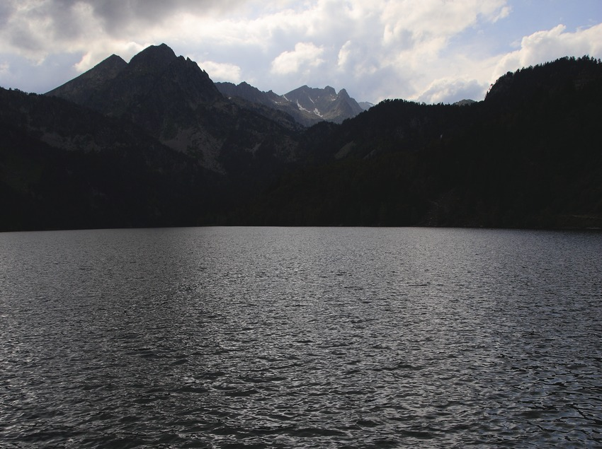 Lac de Sant Maurici, dans le parc national d'Aigüestortes i Estany de Sant Maurici.  (Lluís Carro)