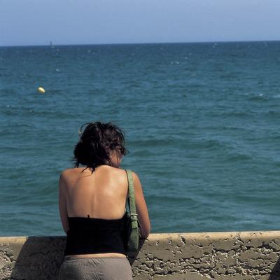 Contemplant el mar. (Oriol Llauradó)