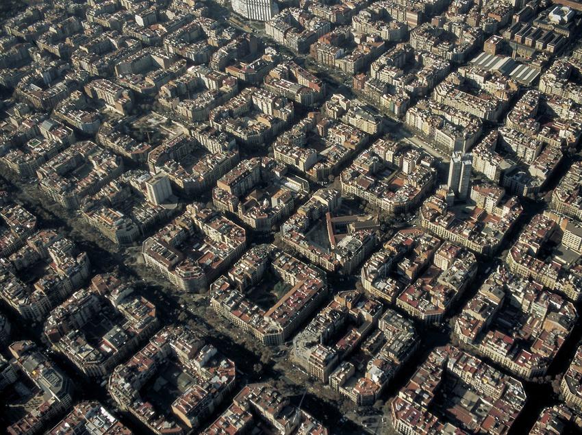 Vue aérienne de l'Eixample (Zone d'expansion urbaine) (Oriol Llauradó)