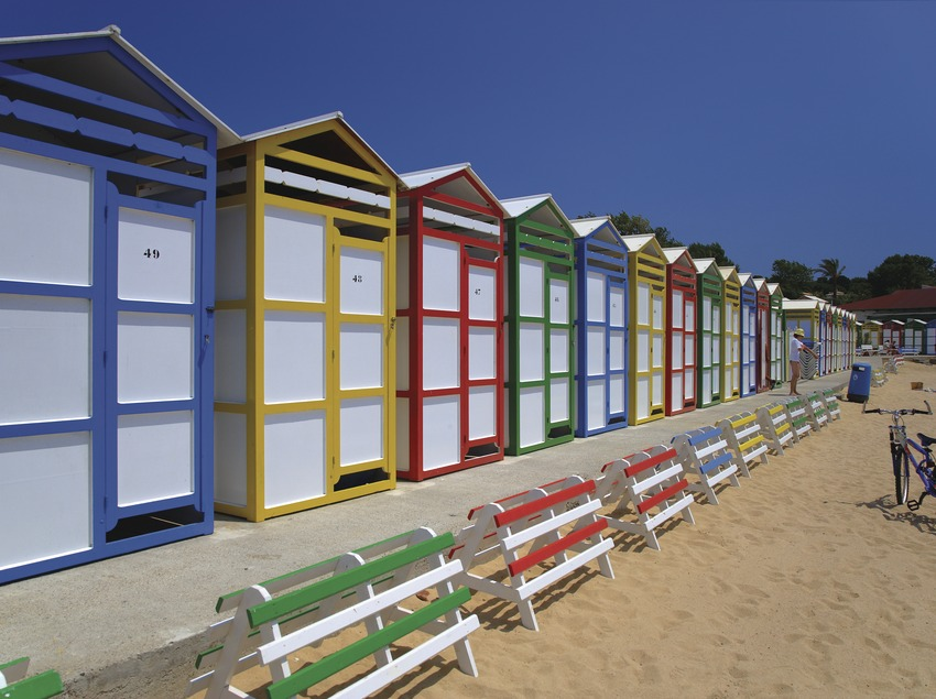 Casetas de bañistas en la playa de Sant Pol (S'Agaró)  (Lluís Carro)