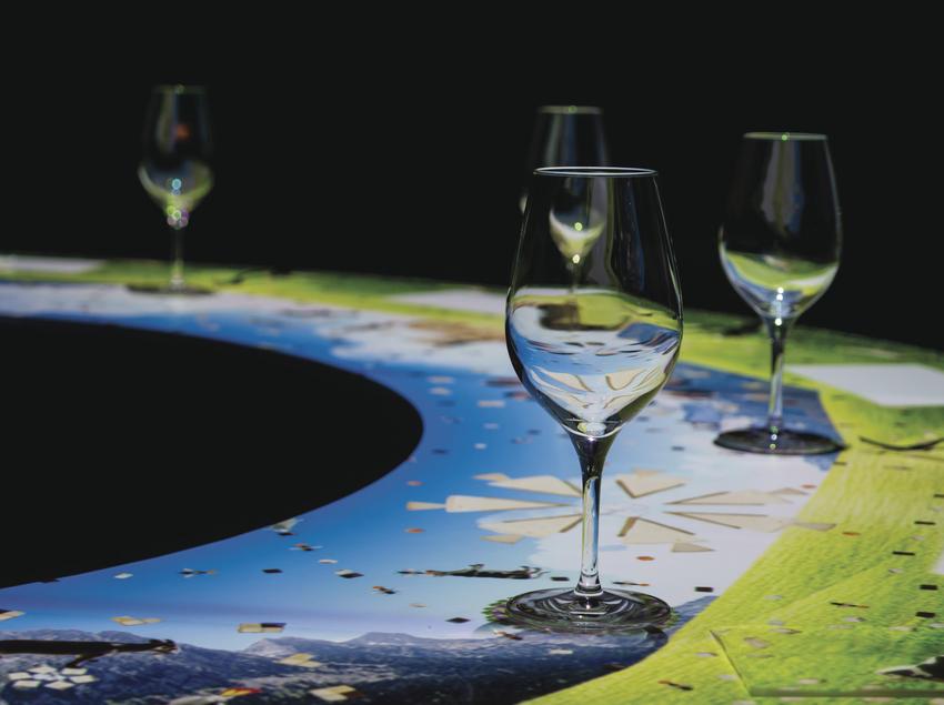 Detall taula temàtica a l'espai gastronòmic Òpera Samfaina