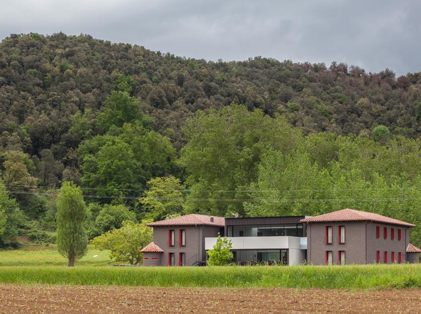 Panorámica exterior del Alberg Vall d'en Bas