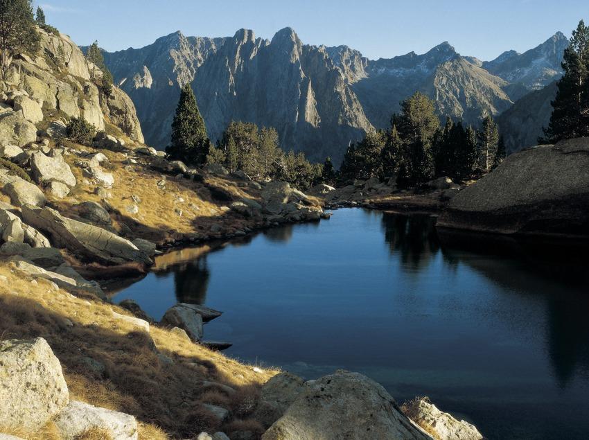 Lac de la Ratera, dans le parc national d'Aigüestortes i Estany de Sant Maurici.
