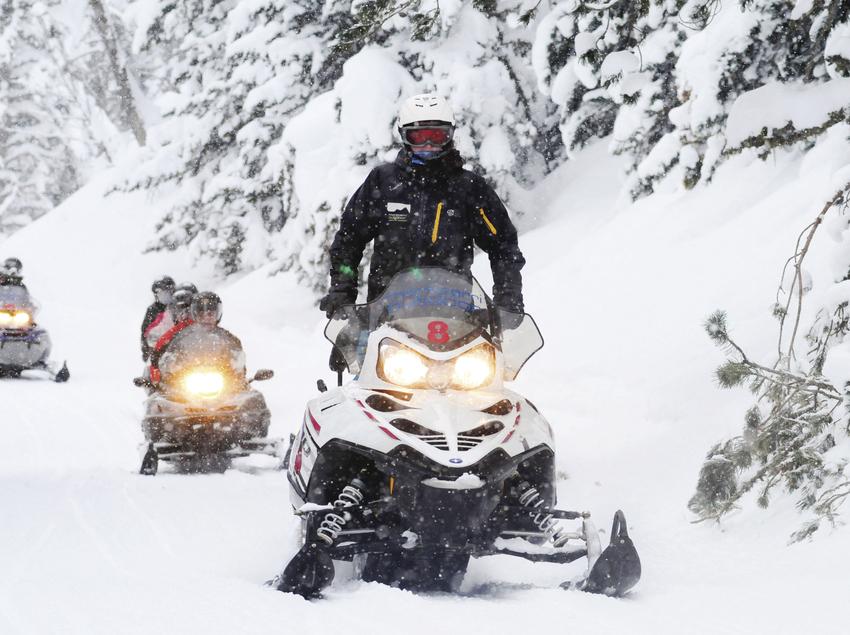 Motos de neu per Montgarri