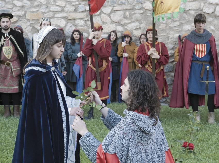 Entrega de la Rosa durant la Setmana Medieval.  (Oriol Llauradó)
