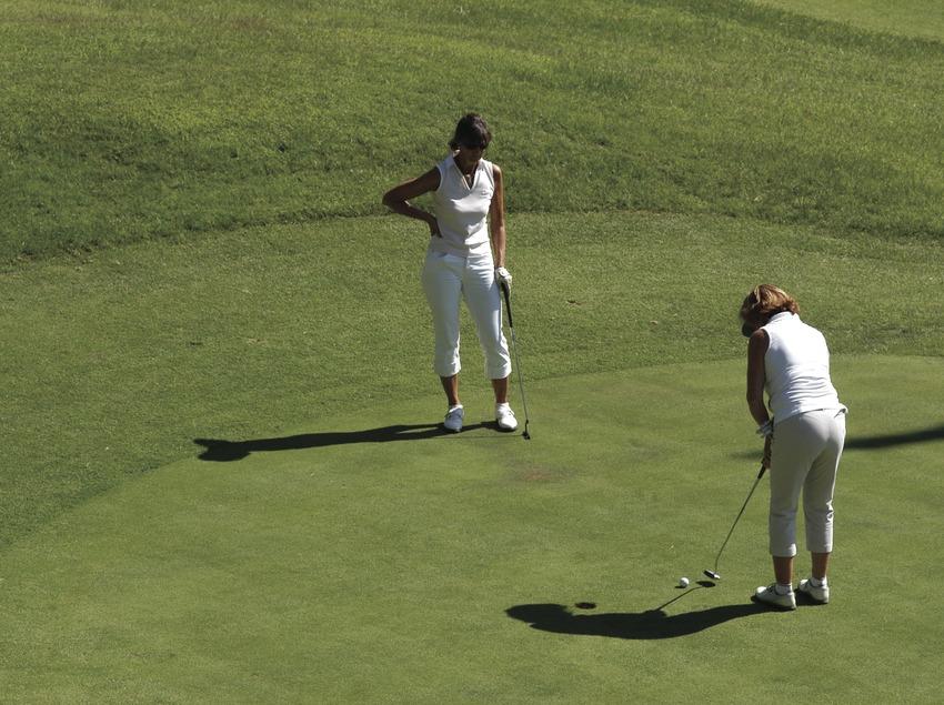 Joueurs au club de golf Llavaneras  (Marc Ripol)