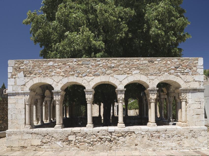 Kreuzgang Sant Domènec in dem aten Kloster Roser dels Agustins.
