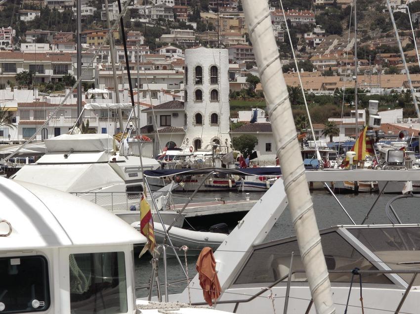 Vista general del puerto deportivo de Aiguadolç  (Marc Ripol)