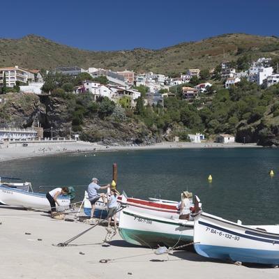 Embarcaciones en una de las playas de la localidad.  (Nano Cañas)