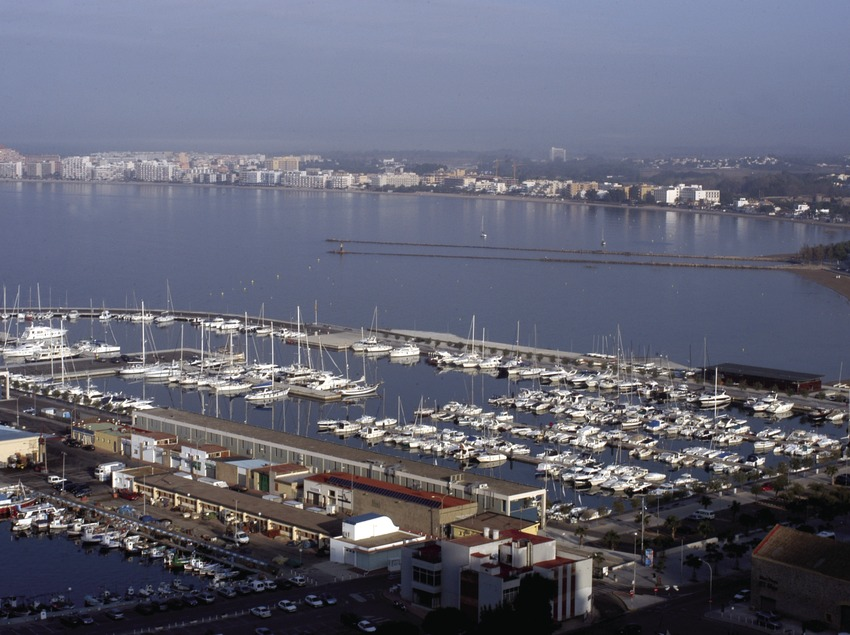 General view of the port at Roses  (Marc Ripol)