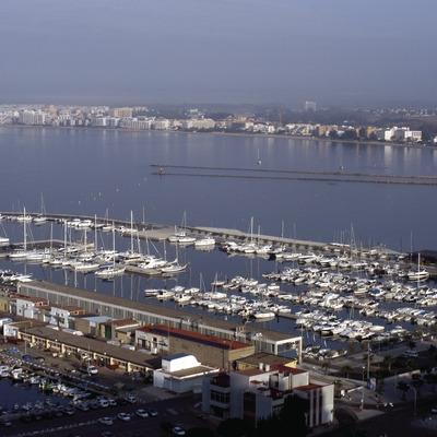 Vue générale du port de Roses  (Marc Ripol)
