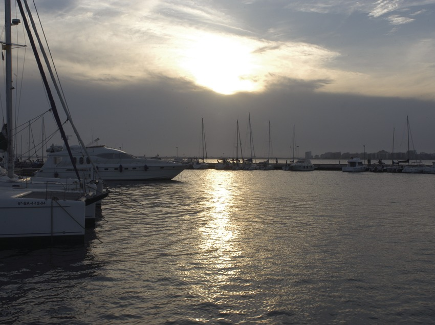 Vista general de la dàrsena esportiva del Port de Roses  (Marc Ripol)