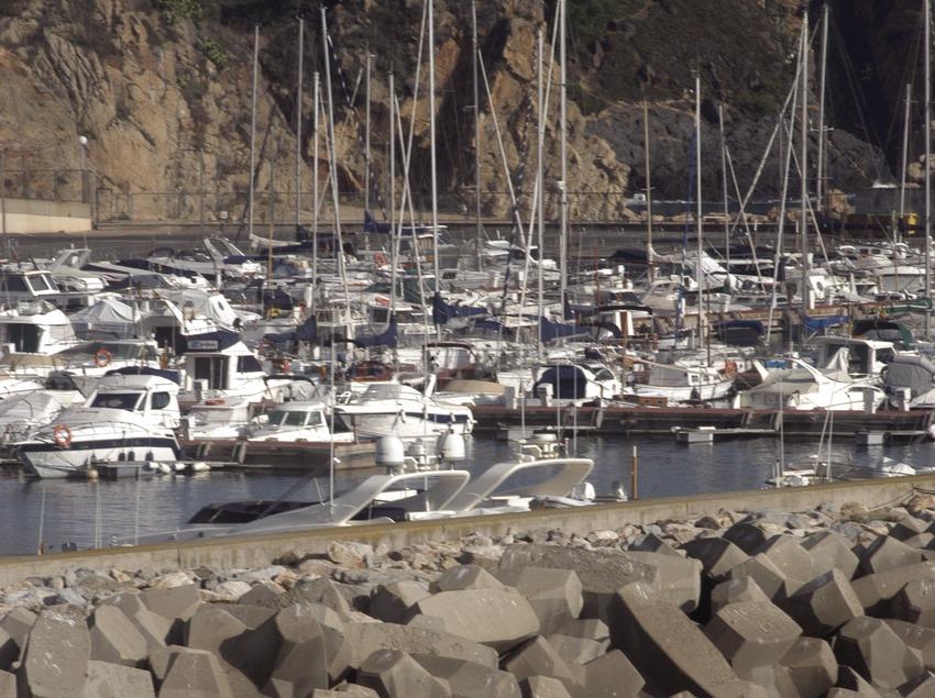 Espigón del puerto deportivo Marina de Palamós  (Marc Ripol)