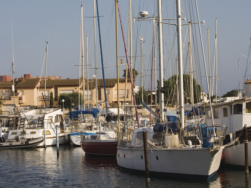Puerto deportivo Canals de Santa Margarida.  (Nano Cañas)