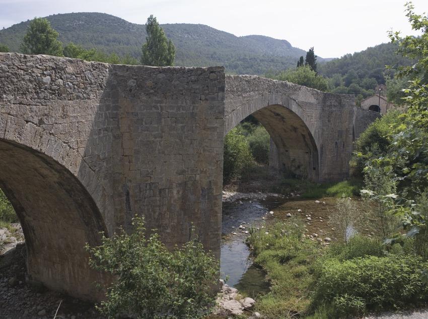 Pont Vell (the old bridge)