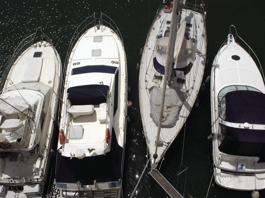 Embarcaciones amarradas en el puerto deportivo de Aiguadolç  (Marc Ripol)