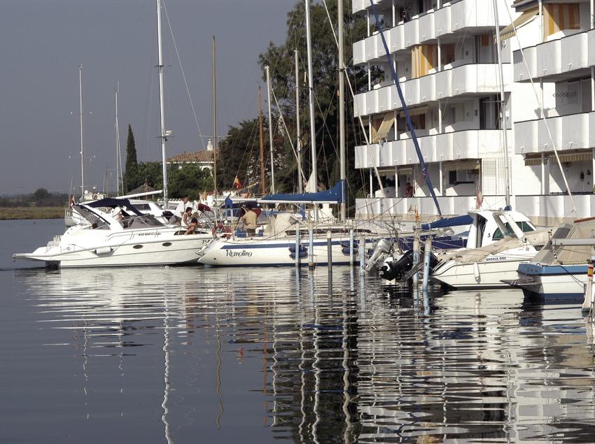 Embarcacions amarrades al Port Esportiu Canals de Santa Margarida  (Marc Ripol)