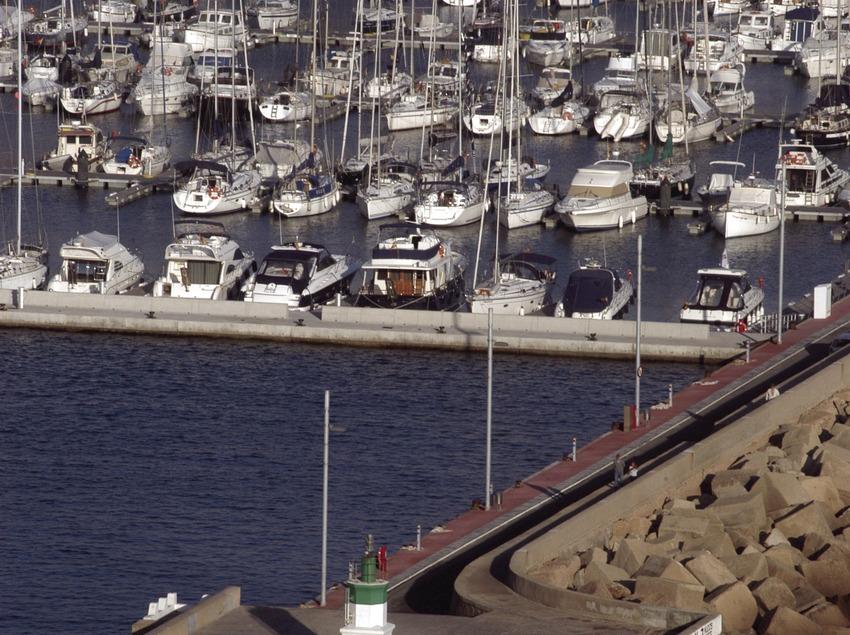 Vista general del puerto de Sant Feliu de Guíxols  (Marc Ripol)