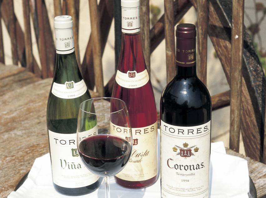 Bouteille et verre de vin  (Consorci de Promoció Turística de l'Alt Penedès)
